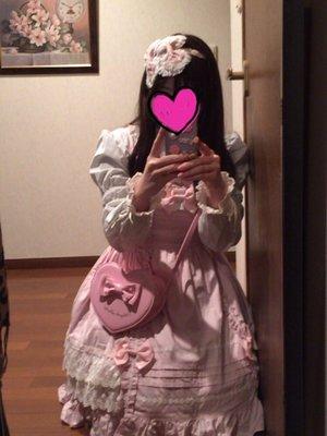 momo♡の「ピンク」をテーマにしたファッションです。(2016/09/04)