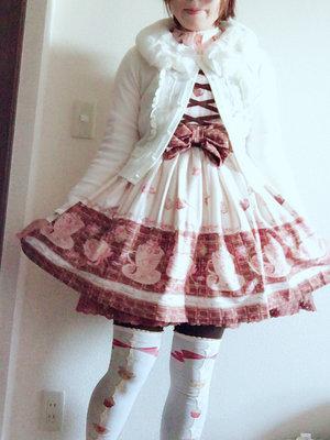 LIZLISAのスウィートラテ柄ワンピースと刺繍ブラ...