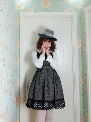 拜食の「Lolita」をテーマにしたファッションです。(2018/03/01)