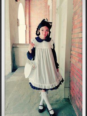 Olivia Nguyenの「Lolita」をテーマにしたファッションです。(2018/03/07)