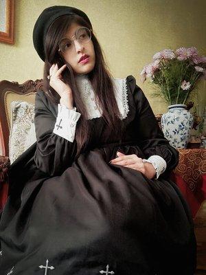 是Eleanor Loire以「Lolita」为主题投稿的照片(2018/03/12)