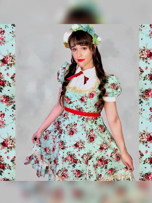 Kay DeAngelisの「Lolita」をテーマにしたファッションです。(2018/03/20)