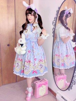 Kay DeAngelisの「Lolita」をテーマにしたファッションです。(2018/04/11)