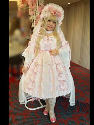 喵小霧の「Sweet lolita」をテーマにしたファッションです。(2018/04/14)