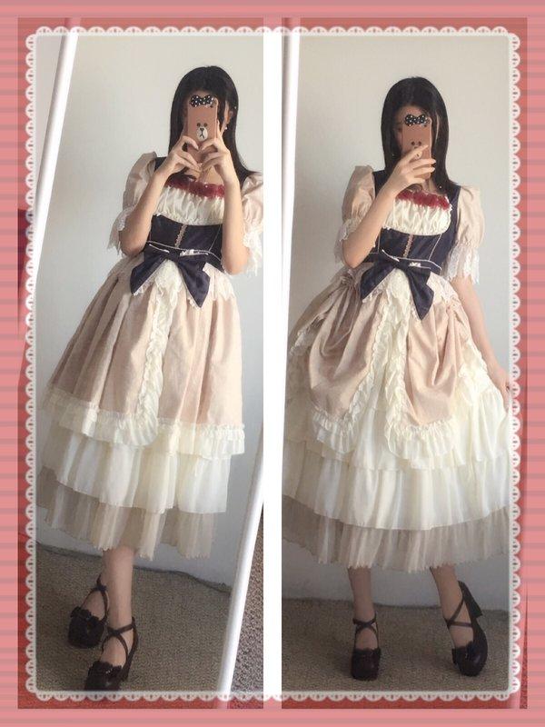 SuzuSawaの「Lolita」をテーマにしたファッションです。(2018/04/16)