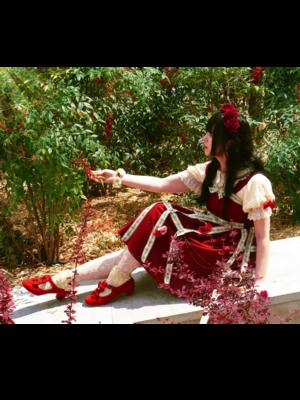 YamiSwanの「Lolita」をテーマにしたファッションです。(2018/04/17)