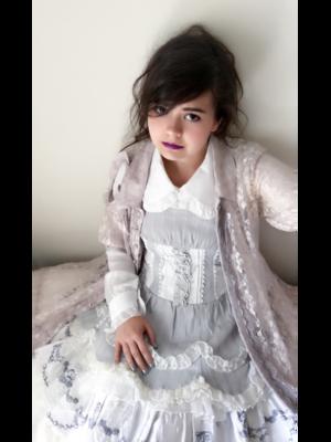 Cherith の「GRAMM」をテーマにしたファッションです。(2018/04/18)