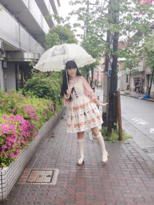 舞の「Umbrella」をテーマにしたファッションです。(2018/04/18)