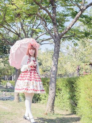 石絮絮の「Umbrella」をテーマにしたファッションです。(2018/04/18)