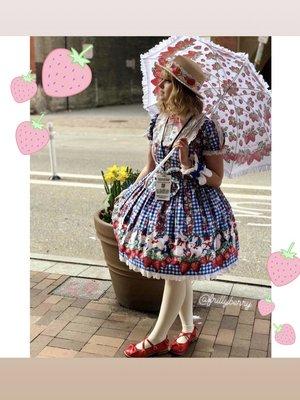 Pixyの「Umbrella」をテーマにしたファッションです。(2018/04/19)