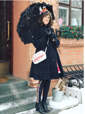 Alexandra Gushcha's 「Umbrella」themed photo (2018/04/21)