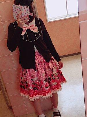 momo♡の「カジュロリ」をテーマにしたファッションです。(2017/05/25)