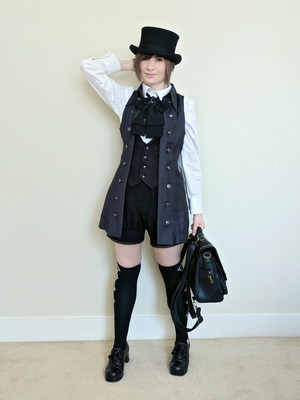 Simple and comfy ouji coord.