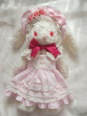 布子の「兔熊」をテーマにしたファッションです。(2017/06/17)