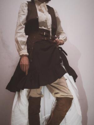 加勒比海盗风的搭配 衬衫:Victorian Ma...