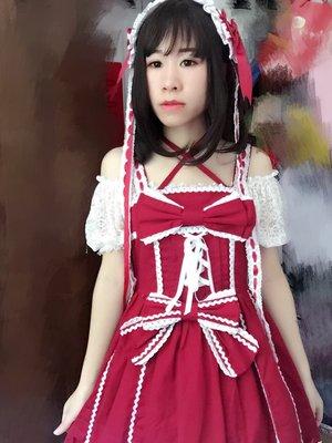 小裙子:彩虹诗 内搭:炭团家的