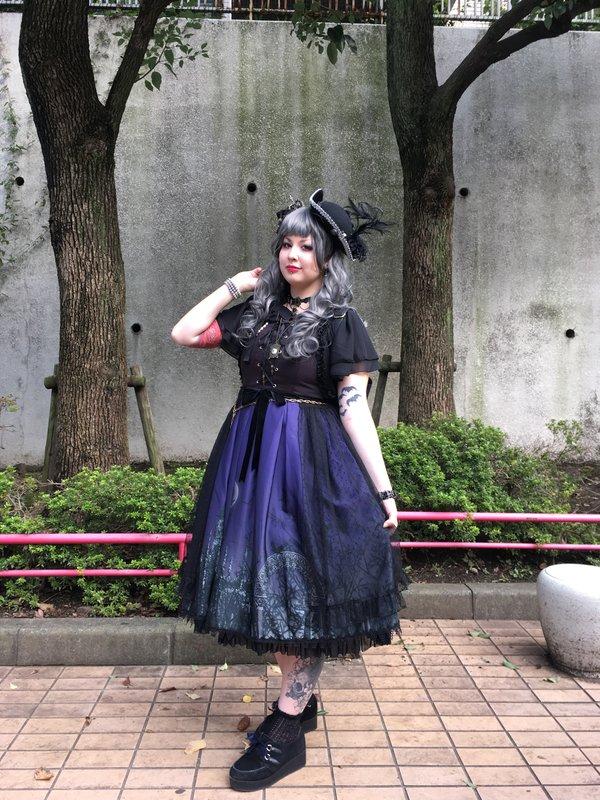 komofasの「ALICE and the PIRATES」をテーマにしたファッションです。(2017/08/16)