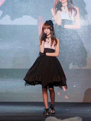婭呀子の「atelier BOZ」をテーマにしたファッションです。(2017/09/11)
