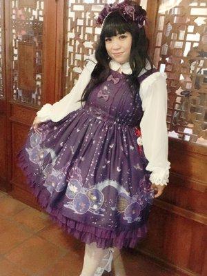 參加中華風茶會 身上的小裙子上印有國畫💕 初めての中...