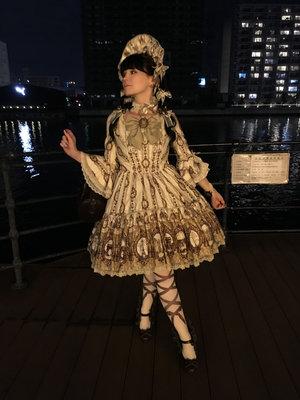 本日は東京湾で船上ライブを見に行きました♪  Tod...