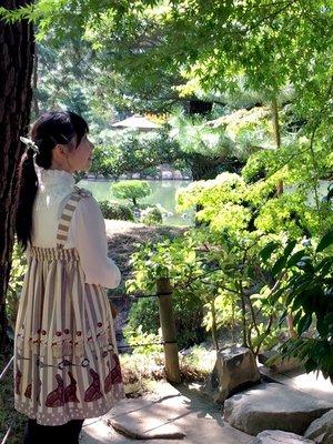 是Tomomi以「Classic Lolita」为主题投稿的照片(2017/10/11)