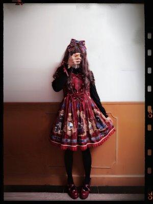 布団子の「red-is-my-color」をテーマにしたファッションです。(2017/10/14)